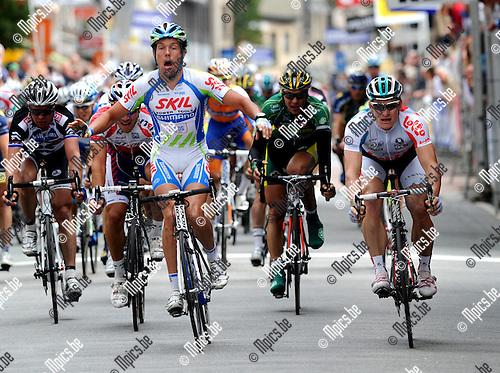 2011-09-07 / Wielrennen / seizoen 2011 / Memorial Rik Van Steenbergen Aarselaar / Kenny van Hummel wint nipt voor Andre Greipel ..Foto: mpics