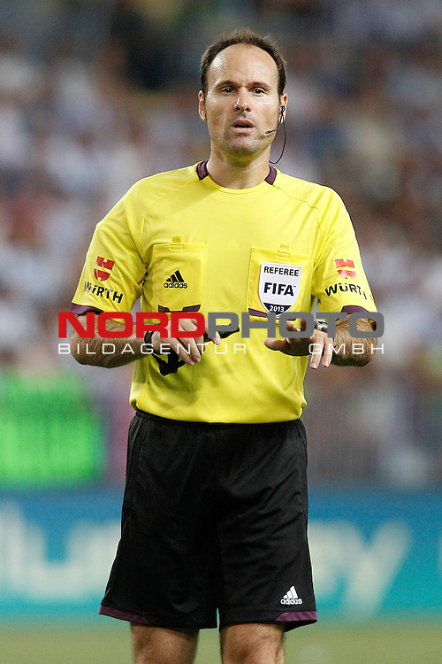 Spanish referee Antonio Miguel Mateu Lahoz during La Liga match.August 25,2013. Foto © nph / Acero)