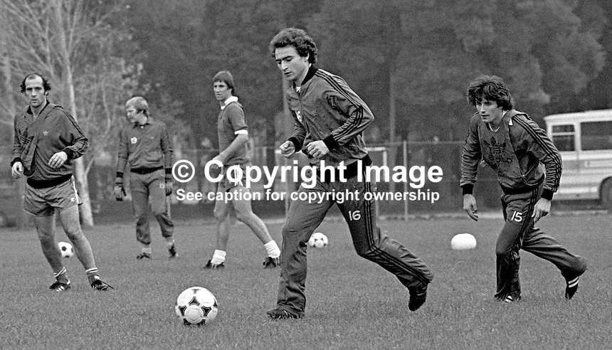Martin O'Neill, footballer, Nottingham Forest FC &amp; N Ireland, at a training session prior to N Ireland's November 1980 game against Portugal at Windsor Park. 19801100399f<br /> <br /> Copyright Image from Victor Patterson, 54 Dorchester Park, Belfast, UK, BT9 6RJ<br /> <br /> t: +44 28 90661296<br /> m: +44 7802 353836<br /> vm: +44 20 88167153<br /> e1: victorpatterson@me.com<br /> e2: victorpatterson@gmail.com<br /> <br /> For my Terms and Conditions of Use go to www.victorpatterson.com