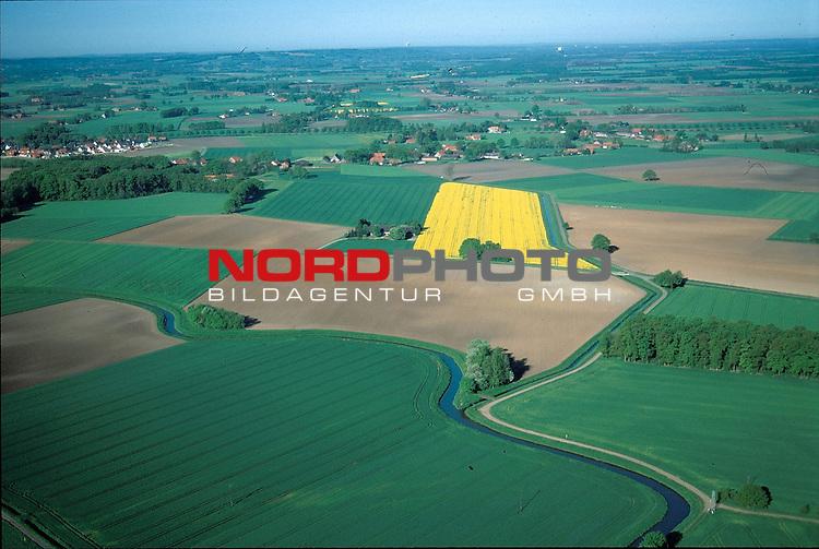 Luftaufnahmen vom Duemmer See<br /> Bild-Info 20*30 bei 300 DPI ( Dia )<br /> [Foto &copy; nordphoto / Willi Rolfes -  Foto ist honorarpflichtig! zzgl. gesetzl. MwSt.<br />  Belegexemplar erforderlich<br /> Adresse: nordphoto<br /> Georg-Reinke-Strasse 1<br /> 49377 Vechta
