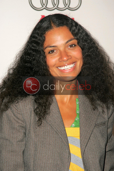 Amel Larrieux<br />