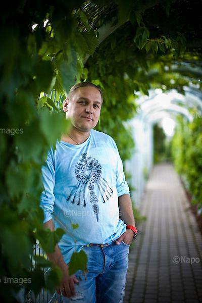 Warsaw 17 June 2014 Poland<br /> Pawel Golec Polish pop musician and jazz<br /> <br /> (Photo by Filip Cwik / Napo Images)<br /> <br /> Warszawa 17 czerwiec 2014 Polska<br /> Pawel Golec polski muzyk popowy i jazzowy<br /> <br /> (fot. Filip Cwik / Napo Images)