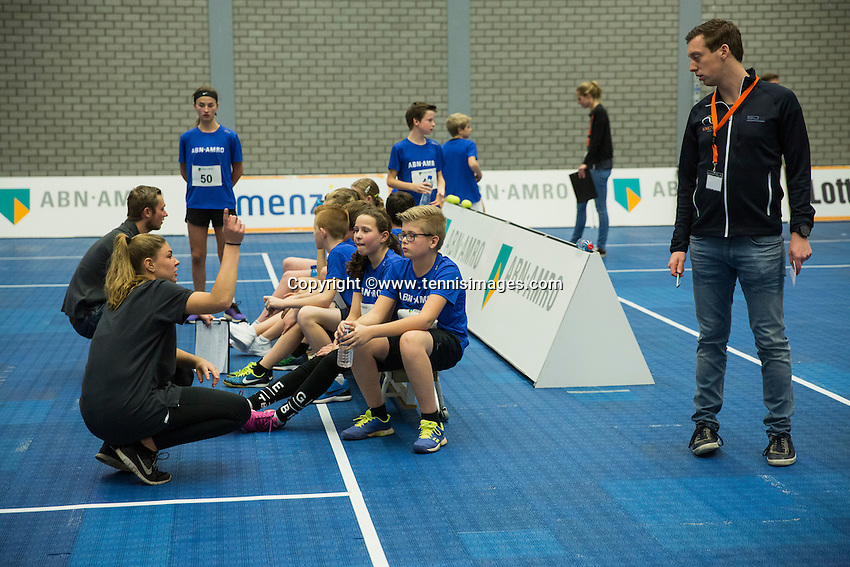 Rotterdam, Netherlands, December 14, 2016, Topsportcentrum, Ballkids selection day for ABNAMROWTT 2017,  <br /> Photo: Tennisimages/Henk Koster