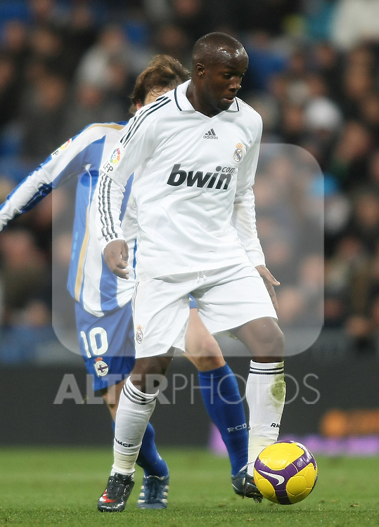 Real Madrid's Lass Diarra during La Liga match.January 25 2009. (ALTERPHOTOS/Acero).