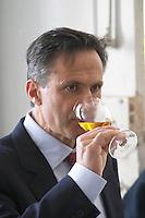 Xavier Perromat, winemaker Chateau de Cerons (Cérons) Sauternes Gironde Aquitaine France