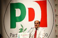 NAPOLI 15/06/2012 CONFERENZA NAZIONALE PER IL LAVORO DEL PARTITO DEMOCRATICO.NELLA FOTO PIER LUIGI BERSANI.FOTO CIRO DE LUCA.