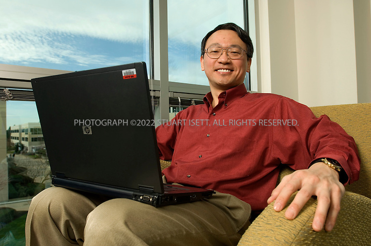 3/16/2007--Redmond, WA, USA..Yi-Min Wang, Group Manager and Senior Researcher Cybersecurity and Systems Management at Microsoft, posing at the Microsoft Campus in Redmond, Wash. ...Photograph ©2007 Stuart Isett.All rights reserved