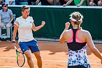 Paris, France, 31 May, 2018, Tennis, French Open, Roland Garros, Womans doubles: Elise Mertens (BEL) / Demi Schuurs (NED) (L)<br /> Photo: Henk Koster/tennisimages.com