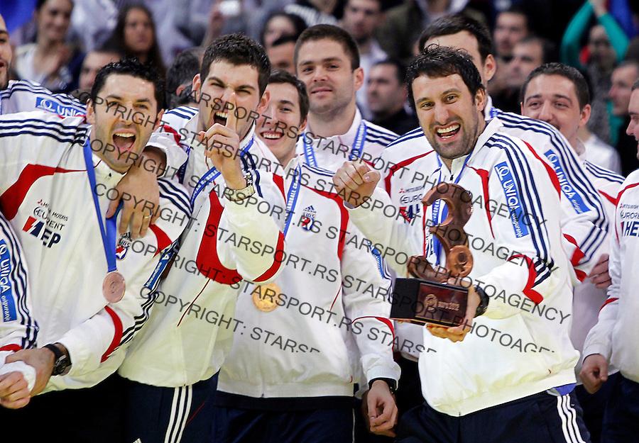 Third placed Croatian handball players celebrate after men`s EHF EURO 2012 handball championship  in Belgrade, Serbia, Sunday, January 29, 2011.  (photo: Pedja Milosavljevic / thepedja@gmail.com / +381641260959)