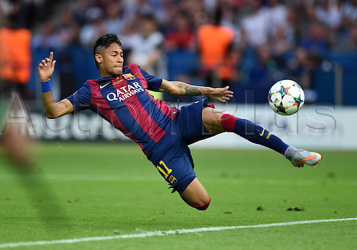 06.06.2015. Olympiastadion, Berlin, Germany. Juventus versus barcelona, Champions league Final in Berlin.  Neymar (FC Barcelona) almost gets to the ball in the box