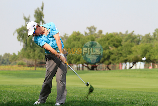 Rory McIlroy plays his 2nd shot from the rough on the 6th hole during Day 3 Saturday of the Abu Dhabi HSBC Golf Championship, 22nd January 2011..(Picture Eoin Clarke/www.golffile.ie)