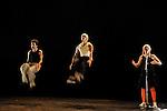 LE 4EME SOUFFLE ....Lumiere : AUROUET Pascal..Avec :..BASTAREAUD Jean Marc alias Ji Flexx..HACHOUCHE Hakim..HENRY Muriel..PIRES Patrick alias P Lock..Lieu : Theatre de Suresnes Jean Vilar..Cadre : Suresnes Cites Danse..Ville : Suresnes..Le : 26 01 2011..© Laurent PAILLIER / photosdedanse.com..All rights reserved
