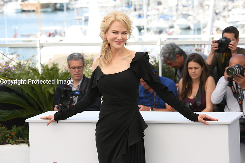 NICOLE KIDMAN - PHOTOCALL OF 'TOP OF THE LAKE: CHINA GIRL' AT THE 70TH FESTIVAL OF CANNES 2017