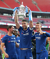 Chelsea's Gary Cahill with the trophy<br /> <br /> Photographer Rob Newell/CameraSport<br /> <br /> Emirates FA Cup Final - Chelsea v Manchester United - Saturday 19th May 2018 - Wembley Stadium - London<br />  <br /> World Copyright &copy; 2018 CameraSport. All rights reserved. 43 Linden Ave. Countesthorpe. Leicester. England. LE8 5PG - Tel: +44 (0) 116 277 4147 - admin@camerasport.com - www.camerasport.com