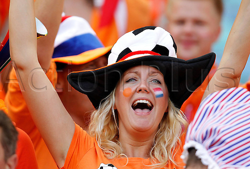 19-06-2010 A supporter Cheers for Netherlands Prior to The 2010 World Cup Group E Soccer Match between Netherlands and Japan at Moses Mabhida stadium in Durban South Africa on June 19 2010