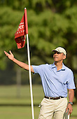United States President Barack Obama gestures on the 2nd green at  Marine Corps Base Hawaii's Kaneohe Klipper Golf Course, Kaneohe, Hawaii, January 2, 2014. <br /> Credit: Cory Lum / Pool via CNP