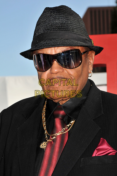 JOE JACKSON.2009 BET Awards - Arrivals held at the Shrine Auditorium, Los Angeles, CA, USA..June 28th, 2009.headshot portrait black sunglasses shades hat moustache mustache facial hair gold necklace .CAP/ADM/BP.©Byron Purvis/AdMedia/Capital Pictures.