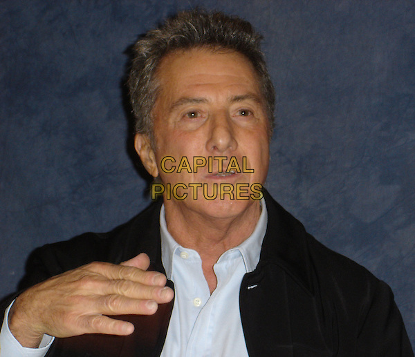 DUSTIN HOFFMAN .Photocall for in the Wetherly Room at The Four Seasons Hotel in Beverly Hills, USA. .November 1st, 2006.Ref: AW.headshot portrait hand.www.capitalpictures.com.sales@capitalpictures.com.©Anita Weber/Capital Pictures.