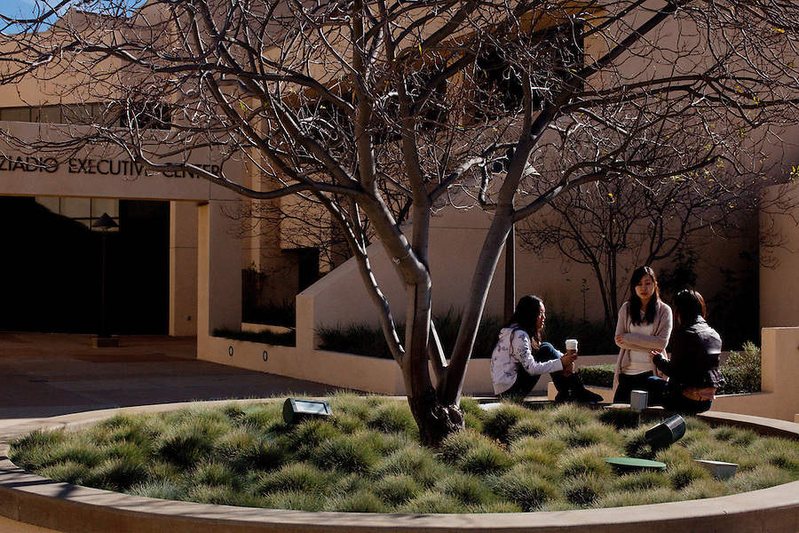Los Angeles, California, November 30, 2010 - Pepperdine University MBA students, from left, Athena Zhang, Elaine Pan and Gladys Suwandi talk in the Plaza Courtyard at the Graziadio School of Business and Management on the Malibu campus. The business school has a current enrollment of around 1,800 students spread over five campuses in and around Los Angeles, with a sixth slated to open in Santa Barbara, California this spring..