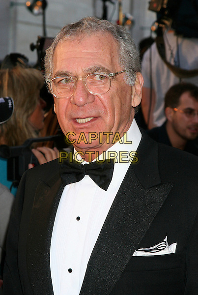 "SIDNEY POLLACK.Arrive  to the opening of the 2006-07 season of the Metropolitan Opera at Lincoln Center with the new production of Puccini's ""Madame Butterfly"" directed by Academy Award winning director Anthony Minghella, New York, NY, USA..September 25th, 2006.Ref: IW.headshot portrait bow tie glasses.www.capitalpictures.com.sales@capitalpictures.com.©Ian Wilson/Capital Pictures"