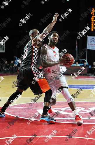 2014-12-02 / Basketbal / seizoen 2014-2015 / Antwer Giants - Le Mans / Kane DeAndre probeert te scoren voor de Giants<br /><br />Foto: mpics.be