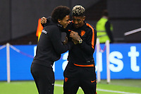 Leroy Sane (Deutschland Germany) und Memphis Depay (Niederlande) - 13.10.2018: Niederlande vs. Deutschland, 3. Spieltag UEFA Nations League, Johann Cruijff Arena Amsterdam, DISCLAIMER: DFB regulations prohibit any use of photographs as image sequences and/or quasi-video.