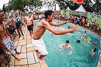 ITU, SP, 03.05.2015 - TOMORROWLAND-BRASIL - Movimentação de público durante o festival de musica eletrônica Tomorrowland na Fazenda Maeda na cidade de Itu, interior do estado de São Paulo, neste domingo, 03. (Foto: William Volcov / Brazil Photo Press).