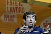 Roma, 4 Ottobre 2014<br /> Piazza Santi Apostoli<br /> Manifestazione di Sinistra, Ecologia e Libertà per una nuova politivca economica, contro l'austerity.<br /> <br /> Giuseppe Civati, Partito democratico parla dal palco di Sel.