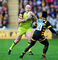 Dan Cole of Leicester Tigers in possession. Aviva Premiership match, between Wasps and Leicester Tigers on January 8, 2017 at the Ricoh Arena in Coventry, England. Photo by: Patrick Khachfe / JMP