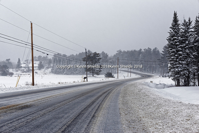US Route 1 during a snowstorm, Warren, Maine, USA