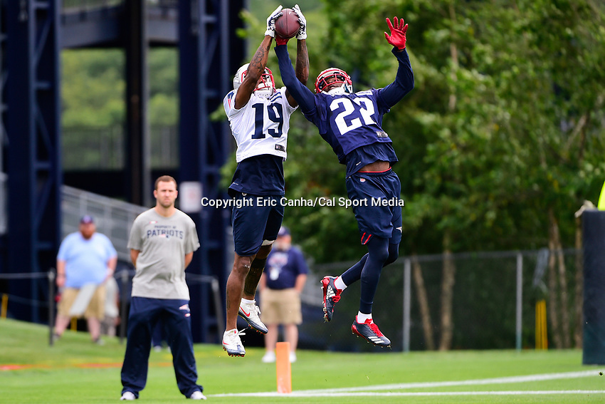 July 27, 2017: New England Patriots defensive back Justin Coleman (22) breaks up a pass to wide receiver Malcolm Mitchell (19) at the New England Patriots training camp held on the practice field at Gillette Stadium, in Foxborough, Massachusetts. Eric Canha/CSM