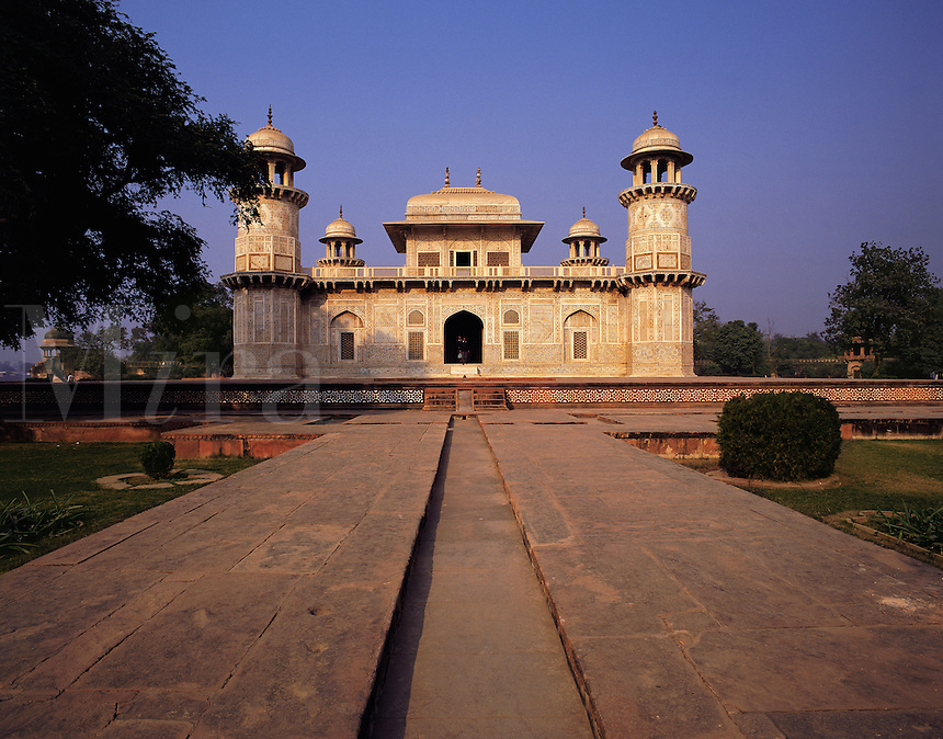 The Itmad ud Dhaulah (Little Taj Mahal) - shrine to a favourite queen - Agra, Indi