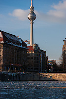Walk from Mitte through to Treptow along the Spree one very cold winters afternoon.<br /> TV tower