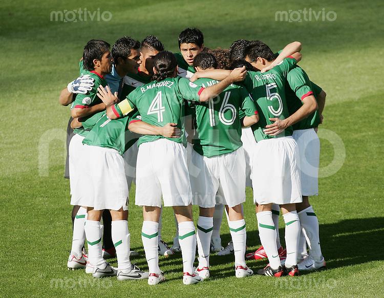 Fussball WM 2006 Vorunde Gruppe D Mexico - Iran Mannschaftskreis Mexico
