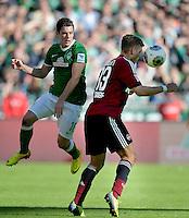 FUSSBALL   1. BUNDESLIGA   SAISON 2013/2014   7. SPIELTAG SV Werder Bremen - 1. FC Nuernberg                    29.09.2013 Zlatko Junuzovic (li, SV Werder Bremen) gegen Alexander Esswein (re, 1. FC Nuernberg)