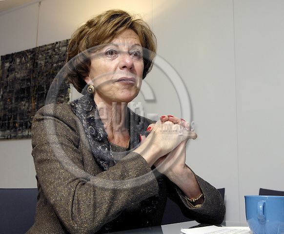 Brussels-Belgium - 27 November 2007---Neelie KROES, European Commissioner in charge of Competition, during an interview in her office---Photo: Horst Wagner/eup-images