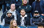 Solna 2015-10-04 Fotboll Allsvenskan AIK - Malm&ouml; FF :  <br /> AIK:s fd spelare Alexander Milosevic (mitten) tillsammans med Sirius Stefan Silva (t v) p&aring; l&auml;ktaren inf&ouml;r matchen mellan AIK och Malm&ouml; FF <br /> (Foto: Kenta J&ouml;nsson) Nyckelord:  AIK Gnaget Friends Arena Allsvenskan Malm&ouml; MFF
