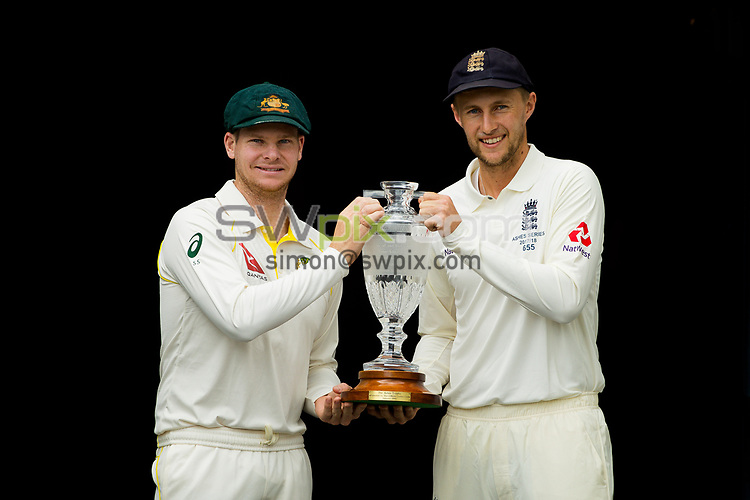 Ashes Preview - Australian captain Steve Smith (l) and England captain Joe Root (r) with The Ashes at the Gabba Cricket Ground, Brisbane, Australia. 22 Nov 2017. Copyright photo: Patrick Hamilton / www.photosport.nz MANDATORY CREDIT/BYLINE : Patrick Hamilton/SWpix.com/PhotosportNZ