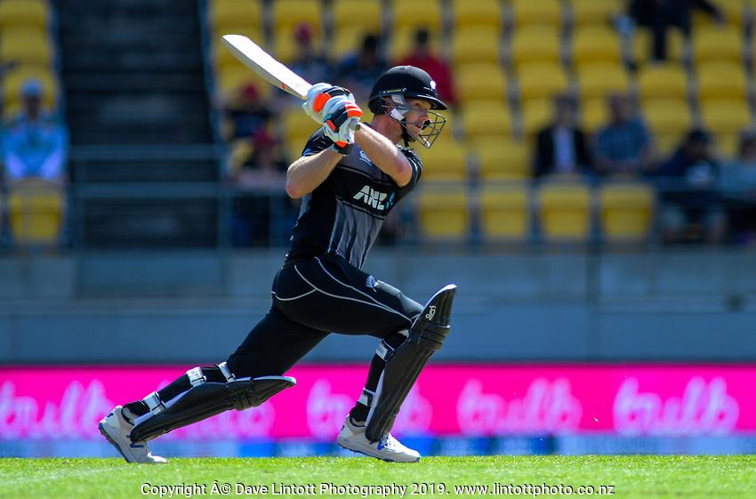 New Zealand's Jimmy Neesham. Twenty20 International cricket match between NZ Black Caps and England at Westpac Stadium in Wellington, New Zealand on Sunday, 3 November 2019. Photo: Dave Lintott / lintottphoto.co.nz