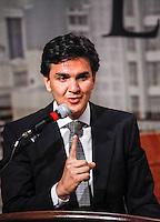 ATENCAO EDITOR: FOTO EMBARGADA PARA VEICULO INTERNACIONAL - SAO PAULO, SP, 20 DE SETEMBRO DE 2012 - COLOQUIO ARQUIDIOCESE DE SAO PAULO - O candidato do PMDB  a prefeitura de Sao Paulo Gabriel Chalita durante debate promovido pela Arquidiocese de São Paulo na tarde dessa quinta-feira, na regiao leste da capital paulista. FOTO: WILLIAM VOLCOV - BRAZIL PHOTO PRESS.