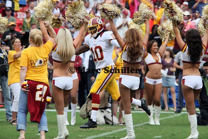 QB Robert Griffin III (Redskins) laeuft ein