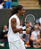 26-06-13, England, London,  AELTC, Wimbledon, Tennis, Wimbledon 2013, Day two, Dustin Brown (GER) defeats Llayton Hewitt (AUS) 64 64 67 62<br /> <br /> <br /> <br /> Photo: Henk Koster