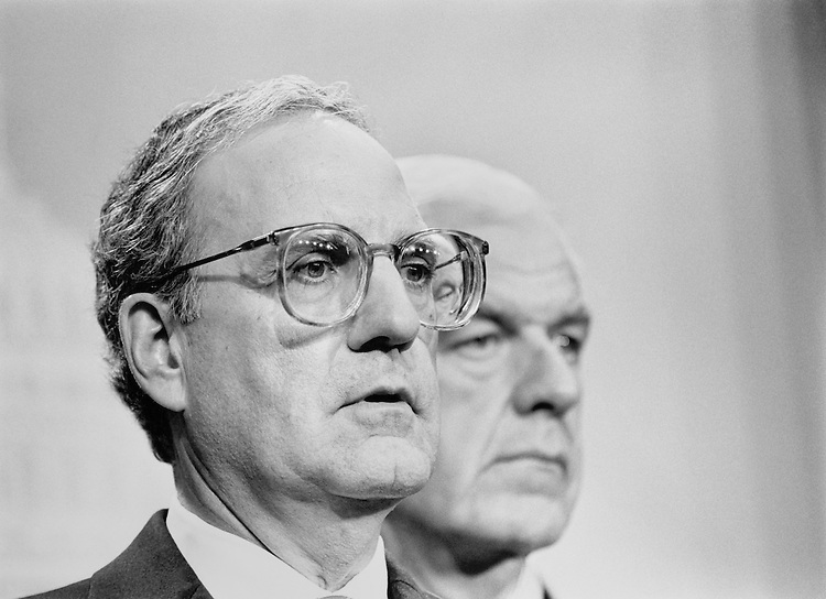Sen. George John Mitchell, D-Maine, and Rep. Tom Foley, D-Wash., stand together. January 10, 1991 (Photo by Laura Patterson/CQ Roll Call)