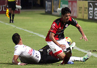 BOGOTA -COLOMBIA- 29 -09-2013. Accion de juego entre los equipos Cucuta Deportivo Y Once Caldas de Manizales.  , partido correspondiente a la doceava fecha de La Liga Postobon segundo semestre jugado en el estadio General Santander / Action game between teams Cucuta Deportivo and Once Caldas of Manizales. , The twelfth game in La Liga Postobon date second half played at General Santander Stadium  .Photo: VizzorImage / Mnauel Hernandez / Stringer