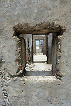 Bonaire, ruins, window
