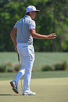 Rickie Fowler (USA) acknowledges the gallery after sinking his birdie putt on 2 during round 3 of the Houston Open, Golf Club of Houston, Houston, Texas. 3/31/2018.<br /> Picture: Golffile | Ken Murray<br /> <br /> <br /> All photo usage must carry mandatory copyright credit (&copy; Golffile | Ken Murray)
