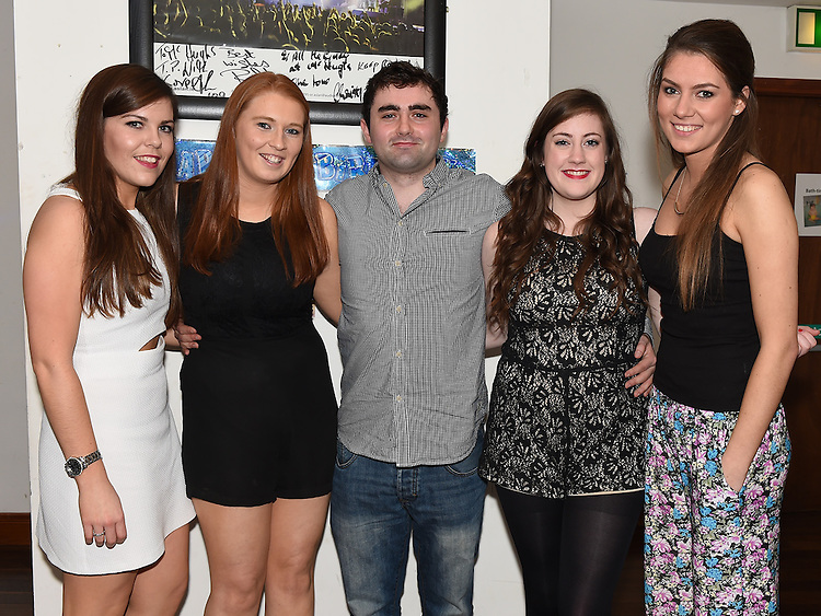 Michael Ferris celebrating his 21st birthday in McHugh's with Emma Markey, Sarah Clutterbuck, Zoe Rogers and Josephine Byrne. Photo:Colin Bell/pressphotos.ie
