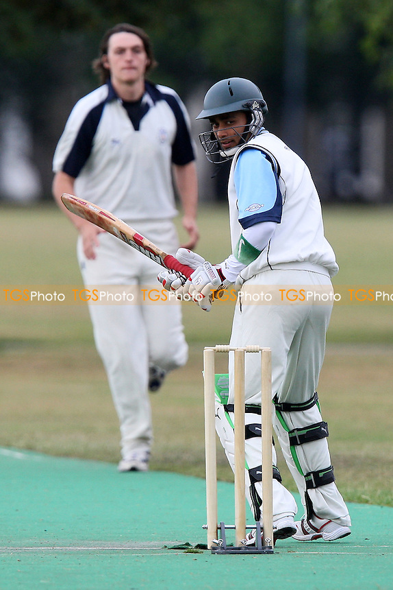Sky CC vs Island Community CC - Victoria Park Community Cricket League - 08/07/09 - MANDATORY CREDIT: Gavin Ellis/TGSPHOTO - Self billing applies where appropriate - 0845 094 6026 - contact@tgsphoto.co.uk - NO UNPAID USE.