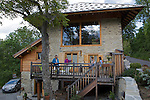 Ferme de Risoul (www.lafermederisoul.com), chalet haut de gamme &agrave; louer pr&egrave;s du village de Risoul<br /> Risoul farm (www.lafermederisoul.com) nearby Risoul village