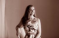 Jamie McGuire è nata a Tulsa e vive a Enid in Oklahoma con i tre figli e il marito, un vero cowboy. Si dividono i trenta acri di terreno con sei cavalli, tre cani e il gatto Rooster. I suoi romanzi entrano regolarmente nei bestseller del «New York Times». Tempo di libri, Milano 22 aprile 2017. © Leonardo Cendamo